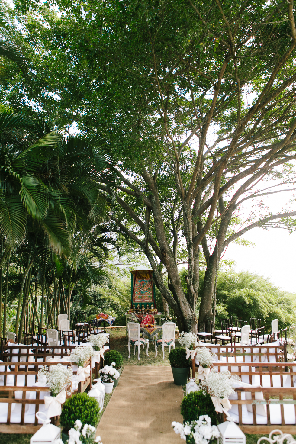 Delicate, detail-filled wedding in a tropical island in Brazil (21)