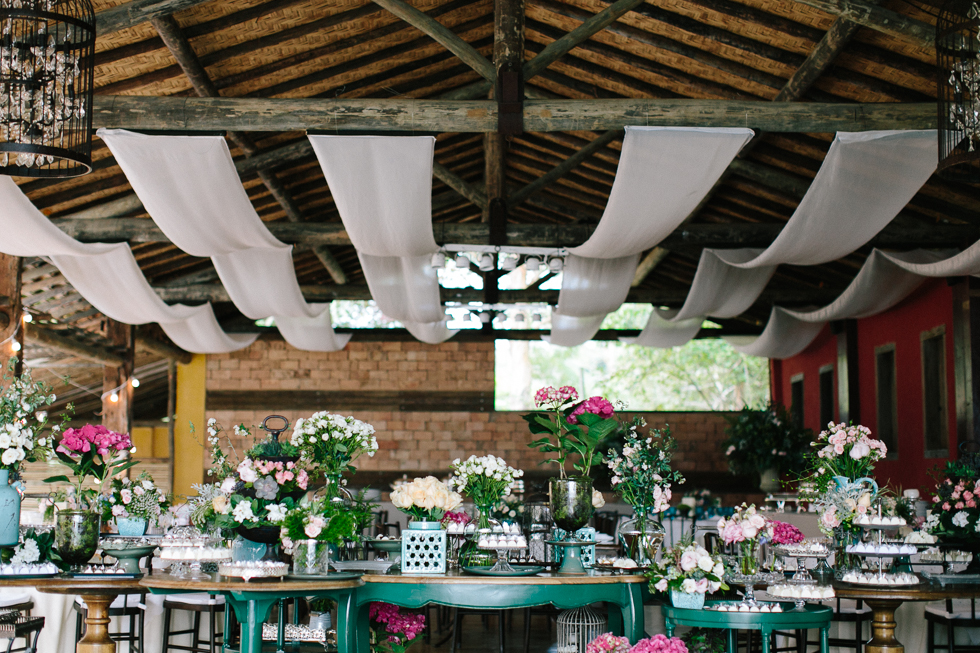 Delicate, detail-filled wedding in a tropical island in Brazil (27)