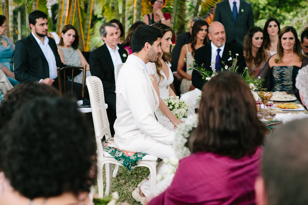Delicate, detail-filled wedding in a tropical island in Brazil (46)