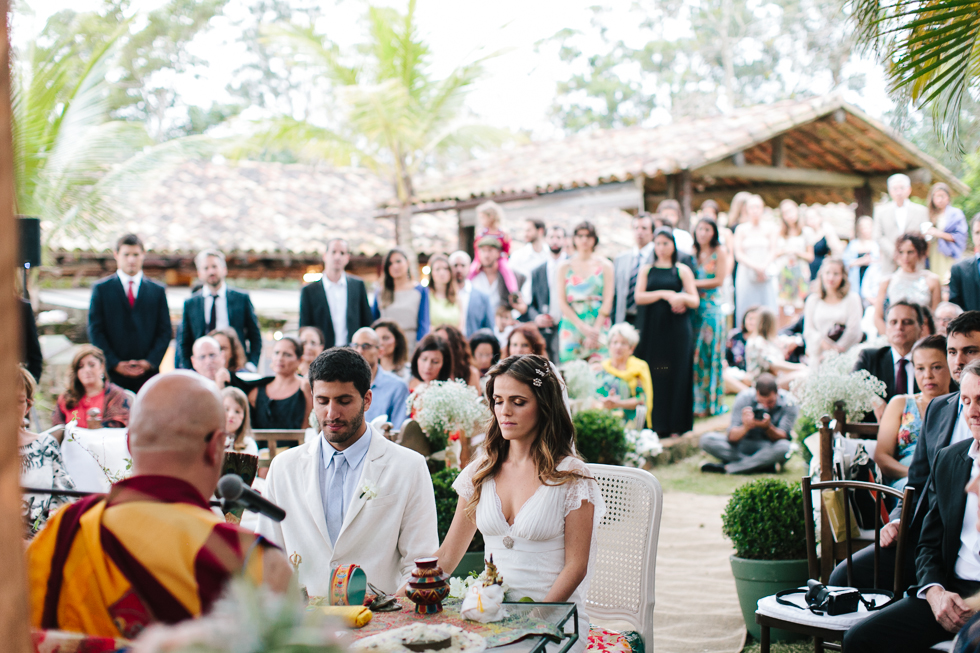 Delicate, detail-filled wedding in a tropical island in Brazil (49)