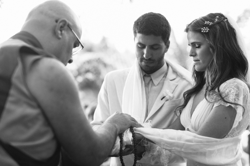 Delicate, detail-filled wedding in a tropical island in Brazil (50)
