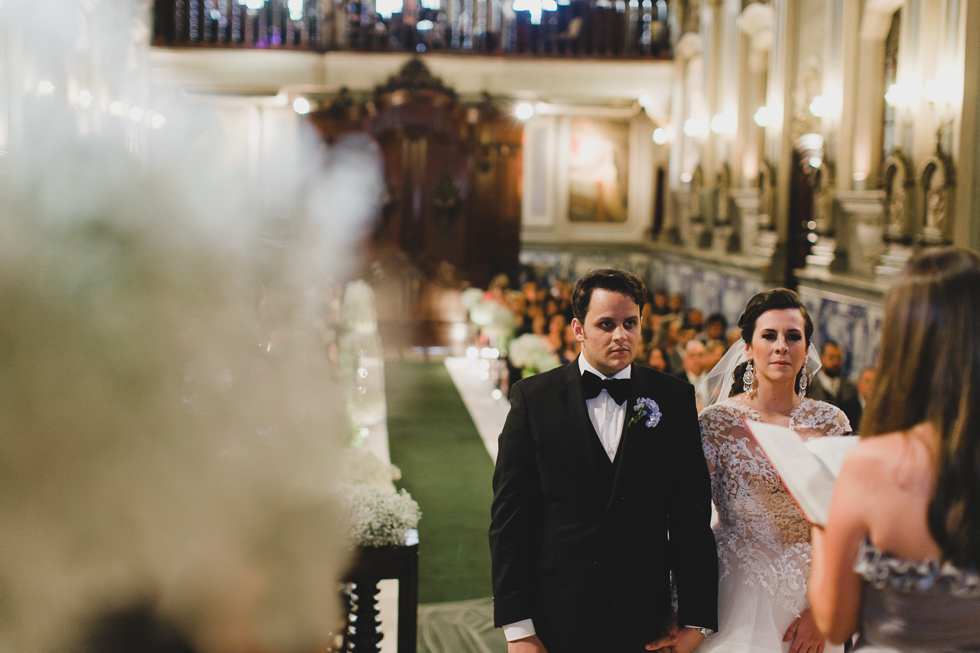 Beautiful and delicate Marie Antoinette inspired wedding | Photos by Frankie & Marilia (42)
