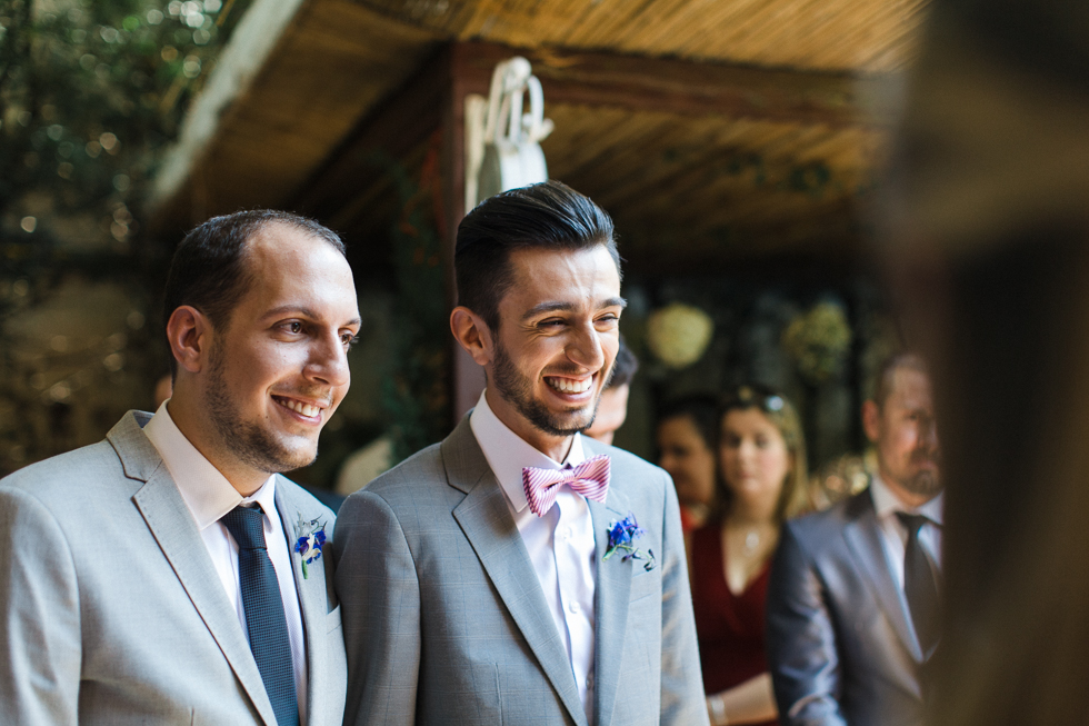 Oh my, what a charming bistro wedding with two charming grooms and their cute dogs (Photos by Frankie & Marilia) (40)